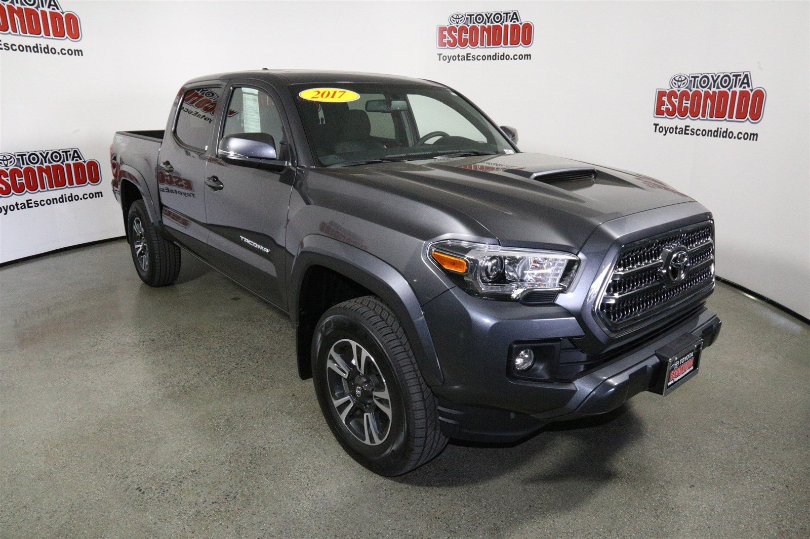 new 2017 toyota tacoma trd sport double cab pickup in escondido 1014806 toyota escondido. Black Bedroom Furniture Sets. Home Design Ideas