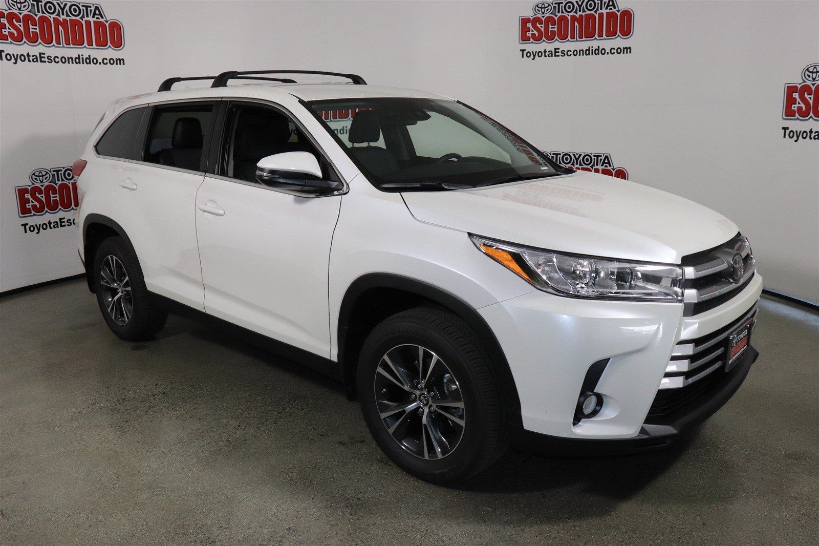 New 2019 Toyota Highlander Le Plus Sport Utility In Escondido