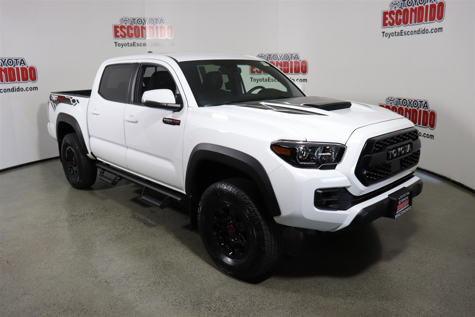 new 2018 toyota tacoma trd pro double cab pickup in escondido 1019208 toyota escondido. Black Bedroom Furniture Sets. Home Design Ideas