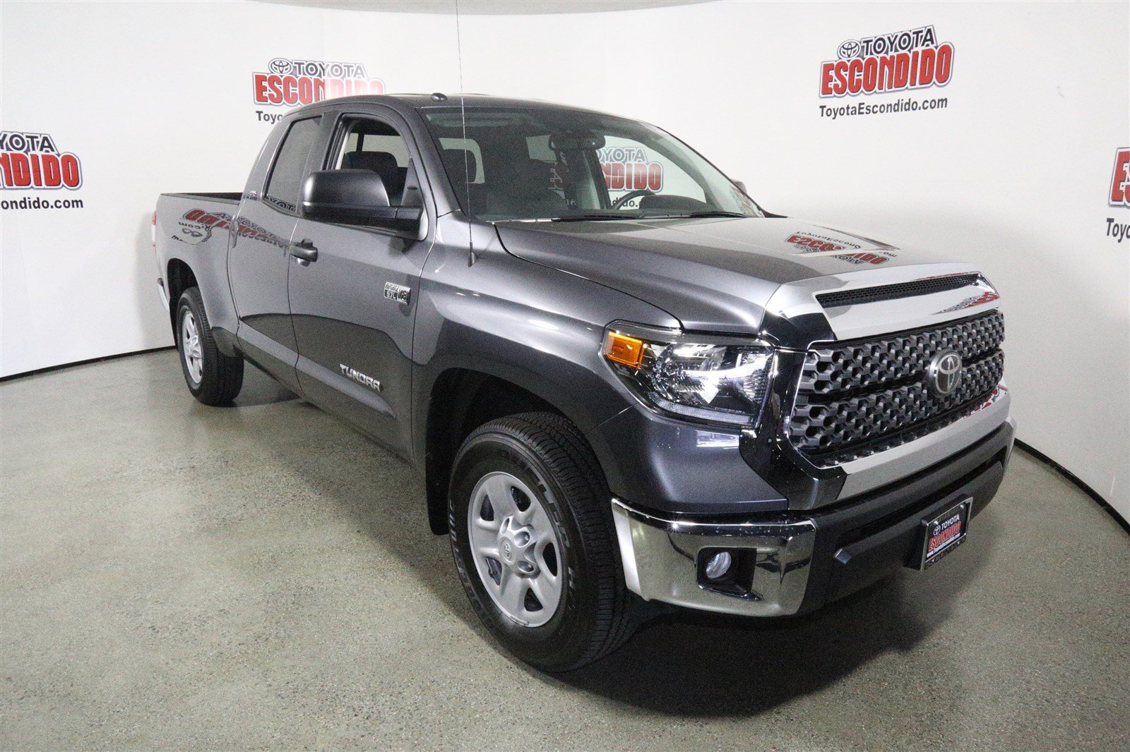 new 2018 toyota tundra sr5 2wd double cab pickup in escondido 1015128 toyota escondido. Black Bedroom Furniture Sets. Home Design Ideas