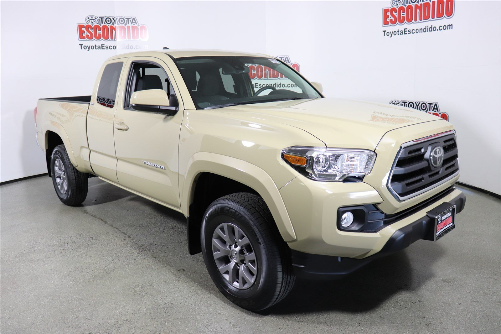 New 2019 Toyota Tacoma 2wd Sr5 Double Cab Pickup In Escondido