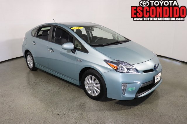 Certified Pre-Owned 2015 Toyota Prius Plug-In