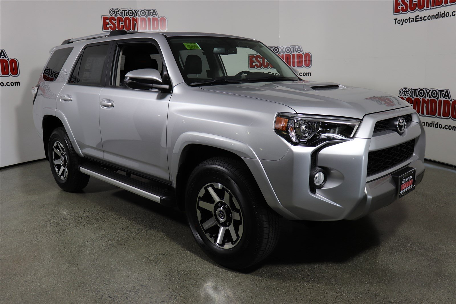 new 2018 toyota 4runner trd off road premium sport utility in escondido 1018105 toyota escondido. Black Bedroom Furniture Sets. Home Design Ideas
