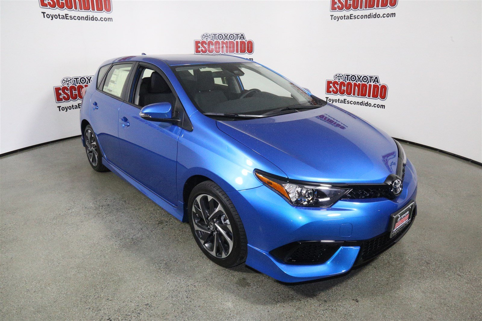 new 2018 toyota corolla im hatchback in escondido 1015281 toyota escondido. Black Bedroom Furniture Sets. Home Design Ideas